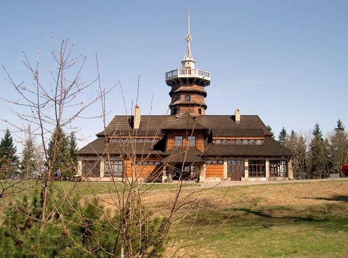 KČT Šternberk podpoří Jiráskovu chatu na Dobrošově